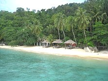 An ideal setting on an ideal little island,<br>welcome to Tioman's Japamala