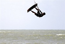 Kitesurfing Tioman - Getting air!